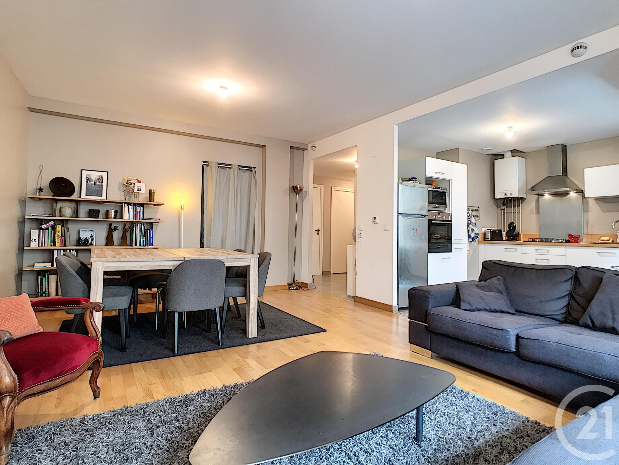 appartement t4 vendre 5 pi ces 89 m2 le puy en velay 43 auvergne. Black Bedroom Furniture Sets. Home Design Ideas